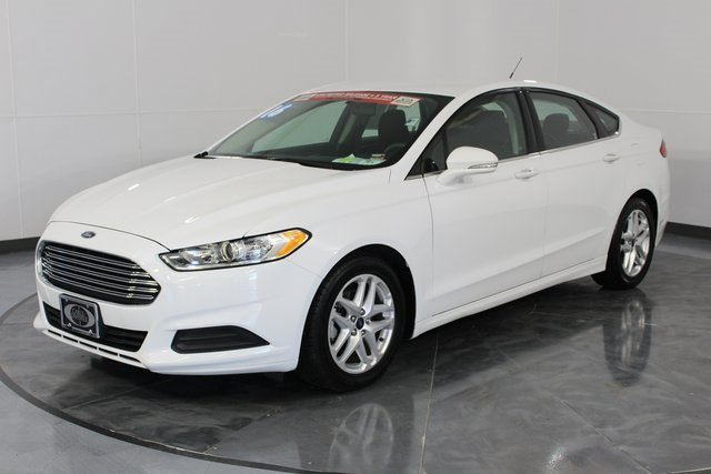 2016 Ford Fusion SE 4 Door Sedan 2.5L iVCT Engine
