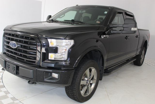 2016 Shadow Black Ford F-150 XLT 4X4 Truck 5.0L V8 FFV Engine