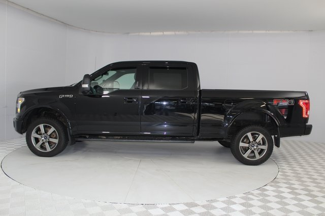 2016 Shadow Black Ford F-150 XLT 5.0L V8 FFV Engine 4 Door Truck 4X4 Automatic