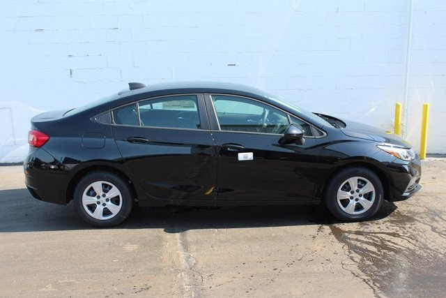 2018 Chevrolet Cruze LS Sedan FWD 4 Door 1.4L 4-Cylinder Turbo DOHC CVVT Engine