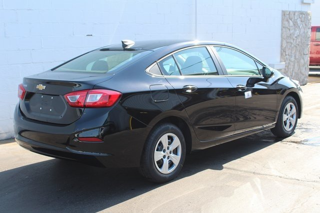 2018 Mosaic Black Metallic Chevrolet Cruze LS Automatic Sedan 4 Door FWD