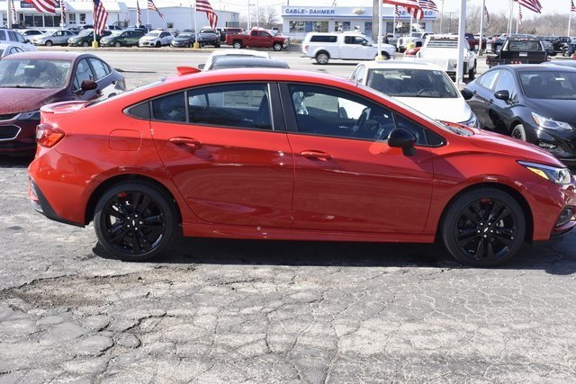 2018 Red Chevrolet Cruze LT 4 Door FWD Sedan 1.4L 4-Cylinder Turbo DOHC CVVT Engine