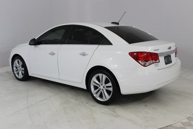 2016 Summit White Chevrolet Cruze Limited LTZ Sedan Automatic 4 Door ECOTEC 1.4L I4 SMPI DOHC Turbocharged VVT Engine