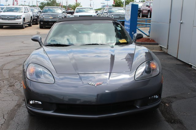 2011 Cyber Gray Metallic Chevrolet Corvette w/3LT 6.2L V8 SFI Engine Convertible RWD