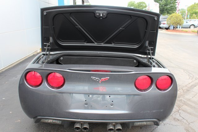 2011 Gray Chevy Corvette w/3LT Automatic RWD 2 Door Convertible