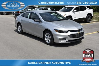 2018 Silver Ice Metallic Chevy Malibu LS 1.5L DOHC Engine 4 Door Automatic FWD