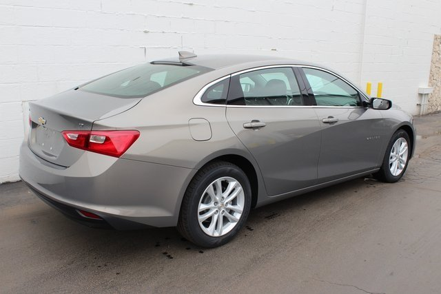 2018 Chevy Malibu LT Automatic 1.5L DOHC Engine FWD 4 Door