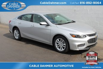 2018 Silver Ice Metallic Chevrolet Malibu LT FWD Automatic 4 Door