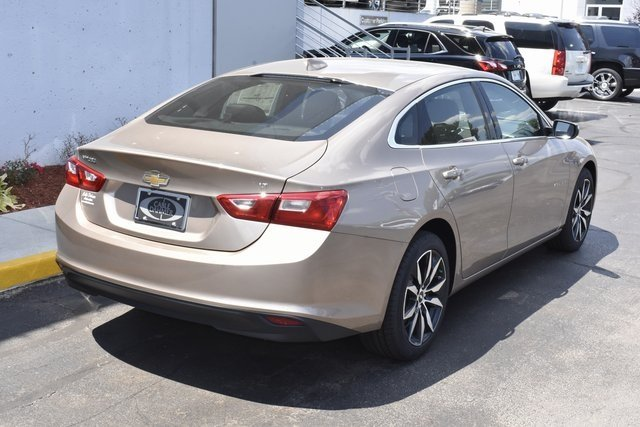 2018 Chevrolet Malibu LT Sedan 4 Door 1.5L DOHC Engine