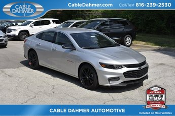 2018 Silver Ice Metallic Chevrolet Malibu LT 4 Door 1.5L DOHC Engine Sedan FWD Automatic