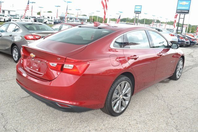 2018 Cajun Red Tintcoat Chevy Malibu LT 4 Door FWD Sedan