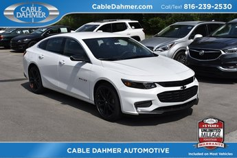 2018 Summit White Chevy Malibu LT 4 Door FWD Automatic 1.5L DOHC Engine Sedan