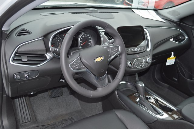 2018 Chevy Malibu Premier Automatic 2.0L 4-Cylinder DGI DOHC VVT Turbocharged Engine 4 Door Sedan FWD