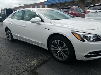 2019 White Frost Tricoat Buick LaCrosse Essence Sedan 4 Door Automatic FWD