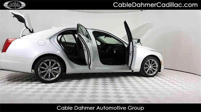 2018 Crystal White Tricoat Cadillac CTS Luxury RWD 2.0L 4-Cylinder Turbocharged Engine 4 Door Automatic Sedan