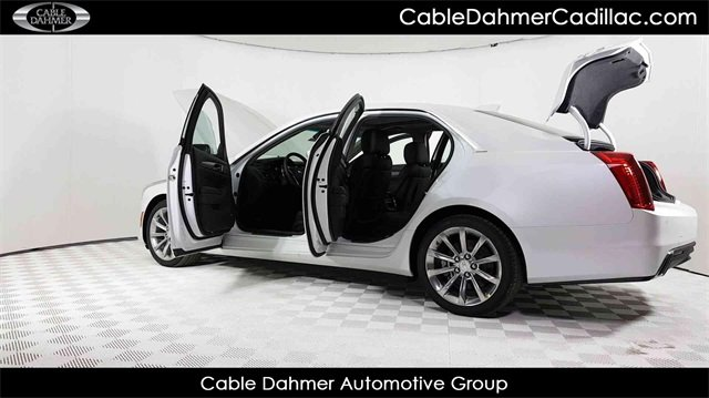 2018 Crystal White Tricoat Cadillac CTS Luxury RWD Automatic RWD 4 Door
