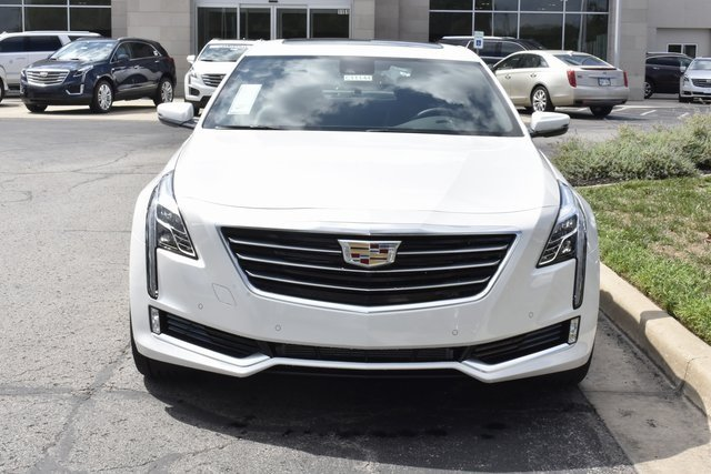 2018 Crystal White Tricoat Cadillac CT6 Luxury AWD Automatic AWD 4 Door 3.6L 6-Cylinder Engine Sedan