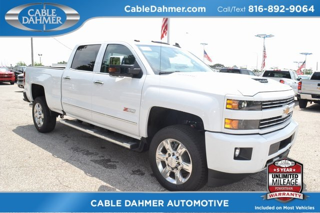 2019 Summit White Chevrolet Silverado 2500HD LTZ Truck Duramax 6.6L V8 Turbodiesel Engine 4 Door