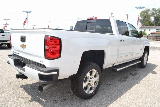 2019 Summit White Chevrolet Silverado 2500HD LTZ Duramax 6.6L V8 Turbodiesel Engine 4X4 4 Door