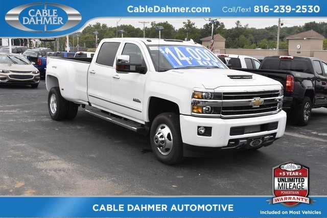 2018 Summit White Chevy Silverado 3500HD High Country 4 Door Automatic Duramax 6.6L V8 Turbodiesel Engine Truck 4X4