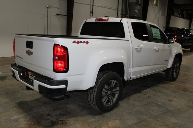 2018 Summit White Chevrolet Colorado 4WD Work Truck 4X4 4 Door Truck Automatic V6 Engine