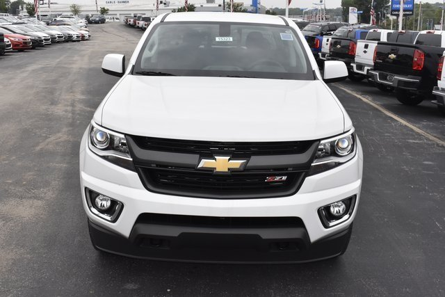 2019 Summit White Chevy Colorado 4WD Z71 4 Door Automatic V6 Engine Truck