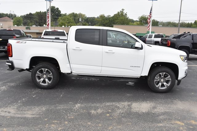 2019 Summit White Chevy Colorado 4WD Z71 4 Door 4X4 Automatic Truck