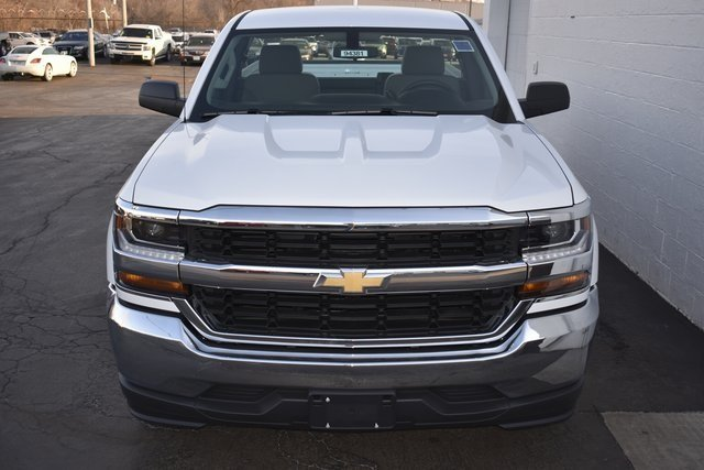 2018 Summit White Chevy Silverado 1500 WT 2 Door Truck EcoTec3 5.3L V8 Flex Fuel Engine Automatic RWD