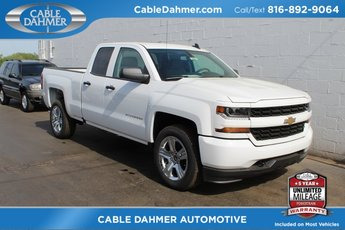 2018 Summit White Chevrolet Silverado 1500 Custom EcoTec3 5.3L V8 Flex Fuel Engine Truck Automatic 4 Door RWD
