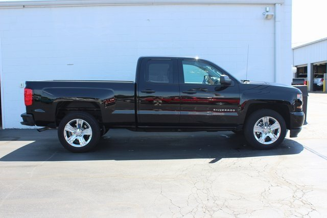 2018 Black Chevy Silverado 1500 Custom RWD 4 Door EcoTec3 5.3L V8 Flex Fuel Engine Automatic