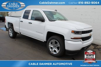 2018 Summit White Chevrolet Silverado 1500 Custom EcoTec3 5.3L V8 Flex Fuel Engine RWD 4 Door Truck