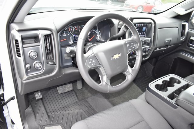 2018 Summit White Chevy Silverado 1500 LT EcoTec3 5.3L V8 Flex Fuel Engine 4 Door 4X4 Automatic