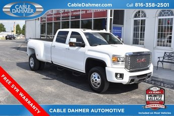 2016 Summit White GMC Sierra 3500HD Denali Duramax 6.6L V8 Turbodiesel Engine 4X4 Truck 4 Door