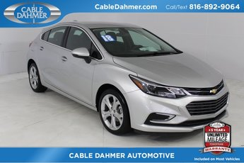 2018 Silver Ice Metallic Chevrolet Cruze Premier 4 Door 1.4L 4-Cylinder Turbo DOHC CVVT Engine FWD
