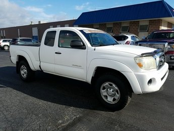 2007 White Toyota Tacoma Base 2.7L I4 SMPI DOHC Engine Manual 2 Door 4X4 Truck