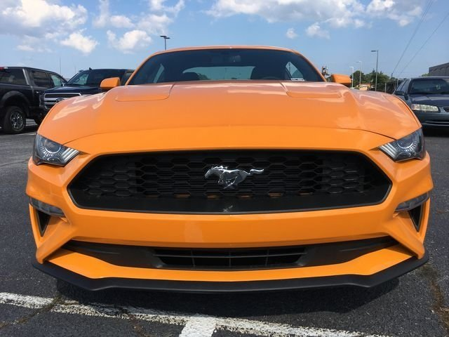 2018 Orange Fury Metallic Tri-Coat Ford Mustang EcoBoost 2 Door EcoBoost 2.3L I4 GTDi DOHC Turbocharged VCT Engine RWD Coupe