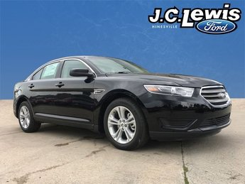 2018 Shadow Black Ford Taurus SE 3.5L V6 Ti-VCT Engine 4 Door FWD Sedan Automatic