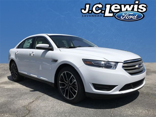 2018 Oxford White Ford Taurus SEL 4 Door FWD Automatic