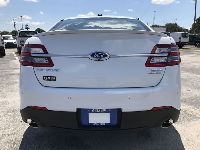 2018 Ford Taurus SEL Automatic 3.5L V6 Ti-VCT Engine FWD 4 Door Sedan