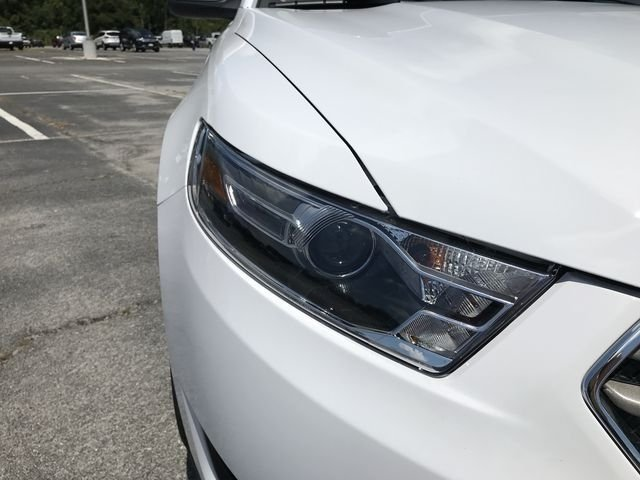 2018 Ford Taurus SEL 4 Door 3.5L V6 Ti-VCT Engine FWD