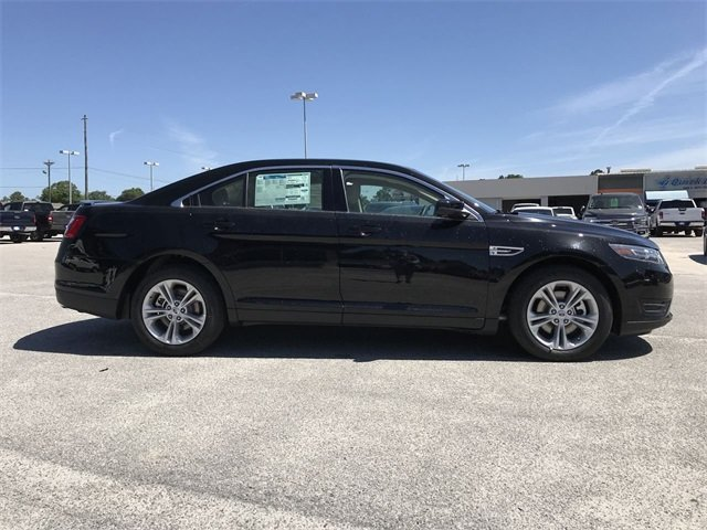 2018 Ford Taurus SEL 4 Door Automatic Sedan