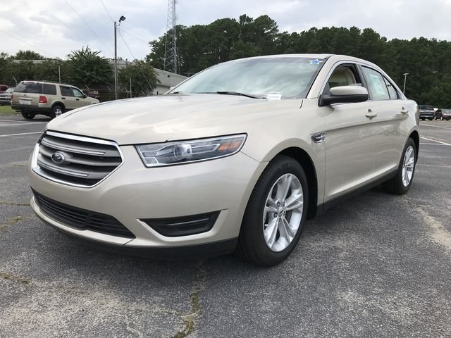 2018 Ford Taurus SEL 4 Door 3.5L V6 Ti-VCT Engine Sedan