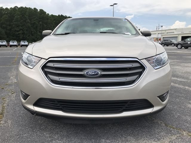 2018 Ford Taurus SEL 4 Door FWD Automatic Sedan 3.5L V6 Ti-VCT Engine