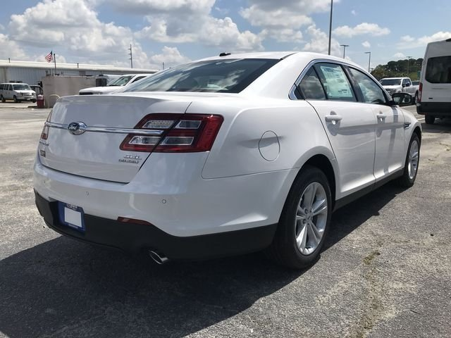 2018 White Platinum Clearcoat Metallic Ford Taurus SEL Automatic 3.5L V6 Ti-VCT Engine 4 Door FWD