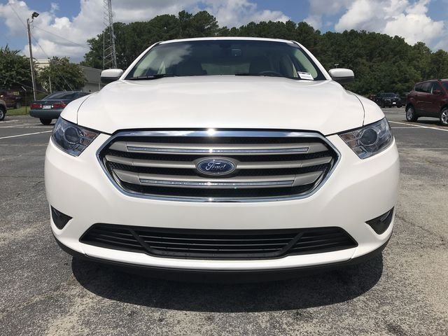 2018 Ford Taurus SEL Automatic 3.5L V6 Ti-VCT Engine 4 Door