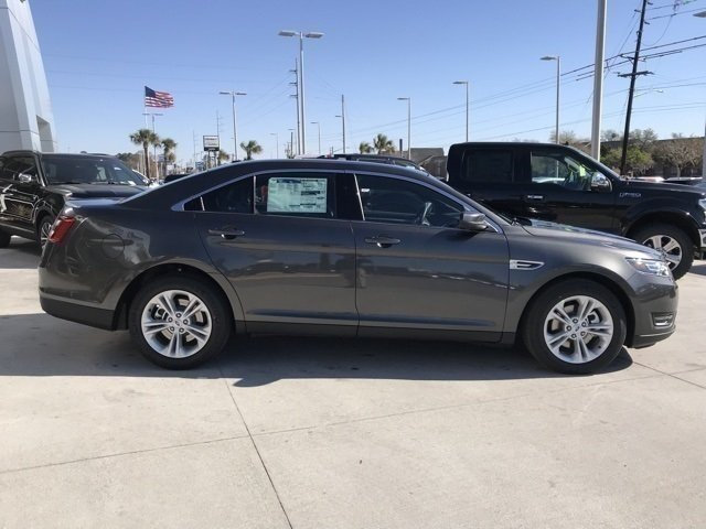 2018 Ford Taurus SEL 3.5L V6 Ti-VCT Engine FWD Sedan 4 Door