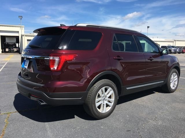 2018 Burgundy Velvet Metallic Tinted Clearcoat Ford Explorer XLT 4 Door Automatic FWD