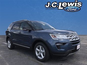 2018 Blue Metallic Ford Explorer XLT FWD SUV Automatic 3.5L V6 Ti-VCT Engine 4 Door