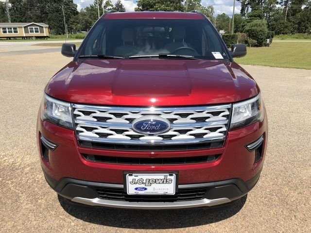 2018 Ruby Red Metallic Tinted Clearcoat Ford Explorer XLT FWD 3.5L V6 Ti-VCT Engine 4 Door