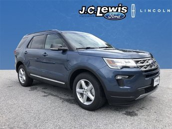 2018 Blue Metallic Ford Explorer XLT FWD 4 Door Automatic